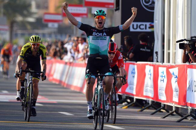 Pascal Ackermann vince la frazione dapertura del Giro degli Emirati Arabi Uniti (foto Bettini)