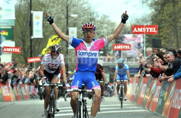 Laffermazione di Cunego allAmstel Gold Race 2008 (foto Bettini)