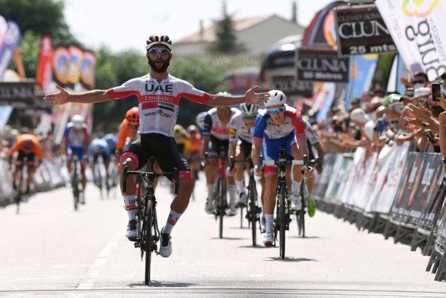 La volata vincente di Gaviria nella seconda tappa della Vuelta a Burgos (Getty Images)